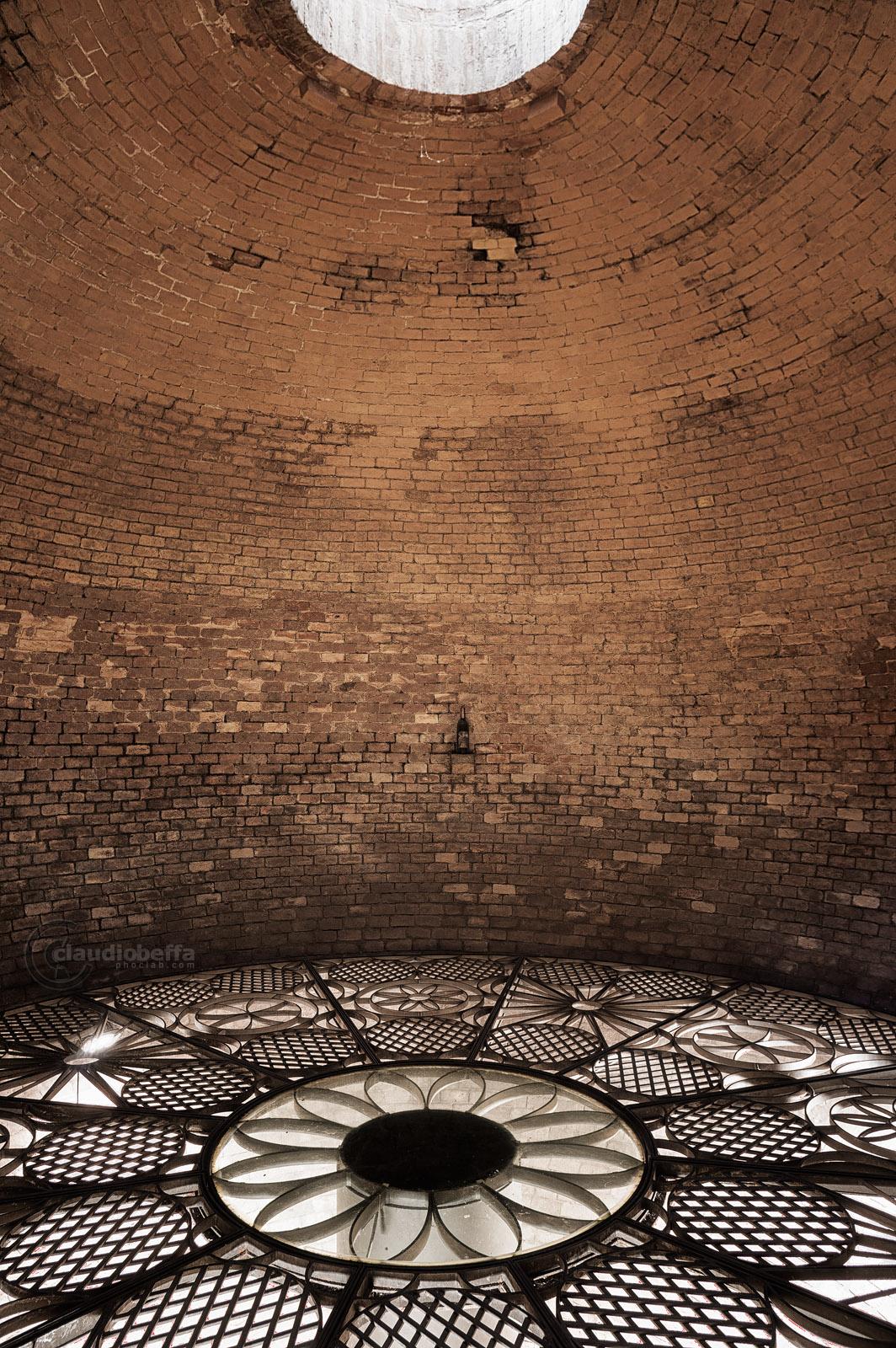 Cistern, Water, Solaria, Tuscany, Toscana, Val d'Orcia, Italy, Italia