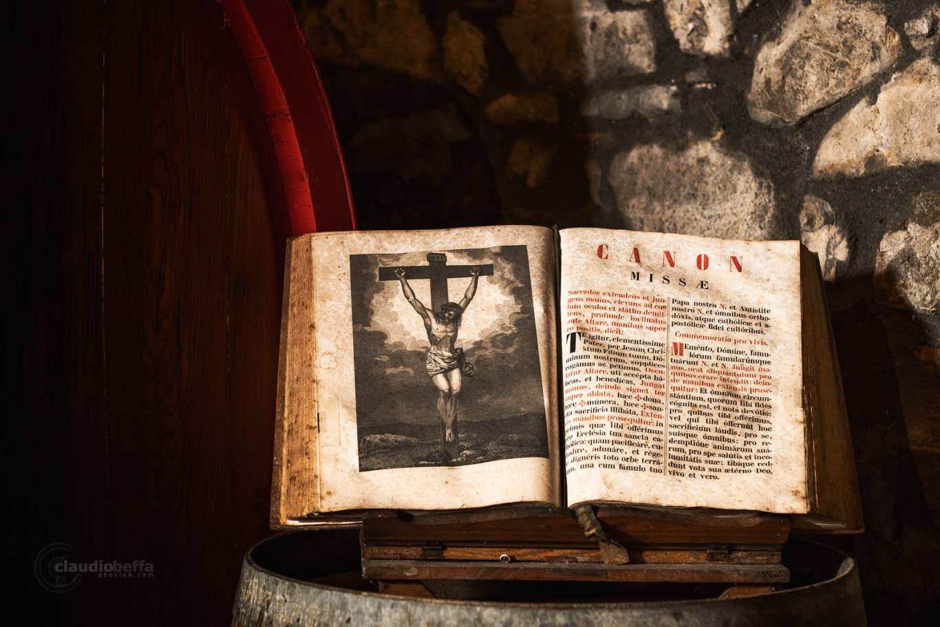 Cellar, Canon Missae, Missal, Book, Christ, Cask, Ancient, Wine, Wine-making, Costanti, Light, Wood, Bricks, Tuscany, Toscana, Val d'Orcia, Montalcino, Italy, Italia, Ancient wine cellars of Tuscany