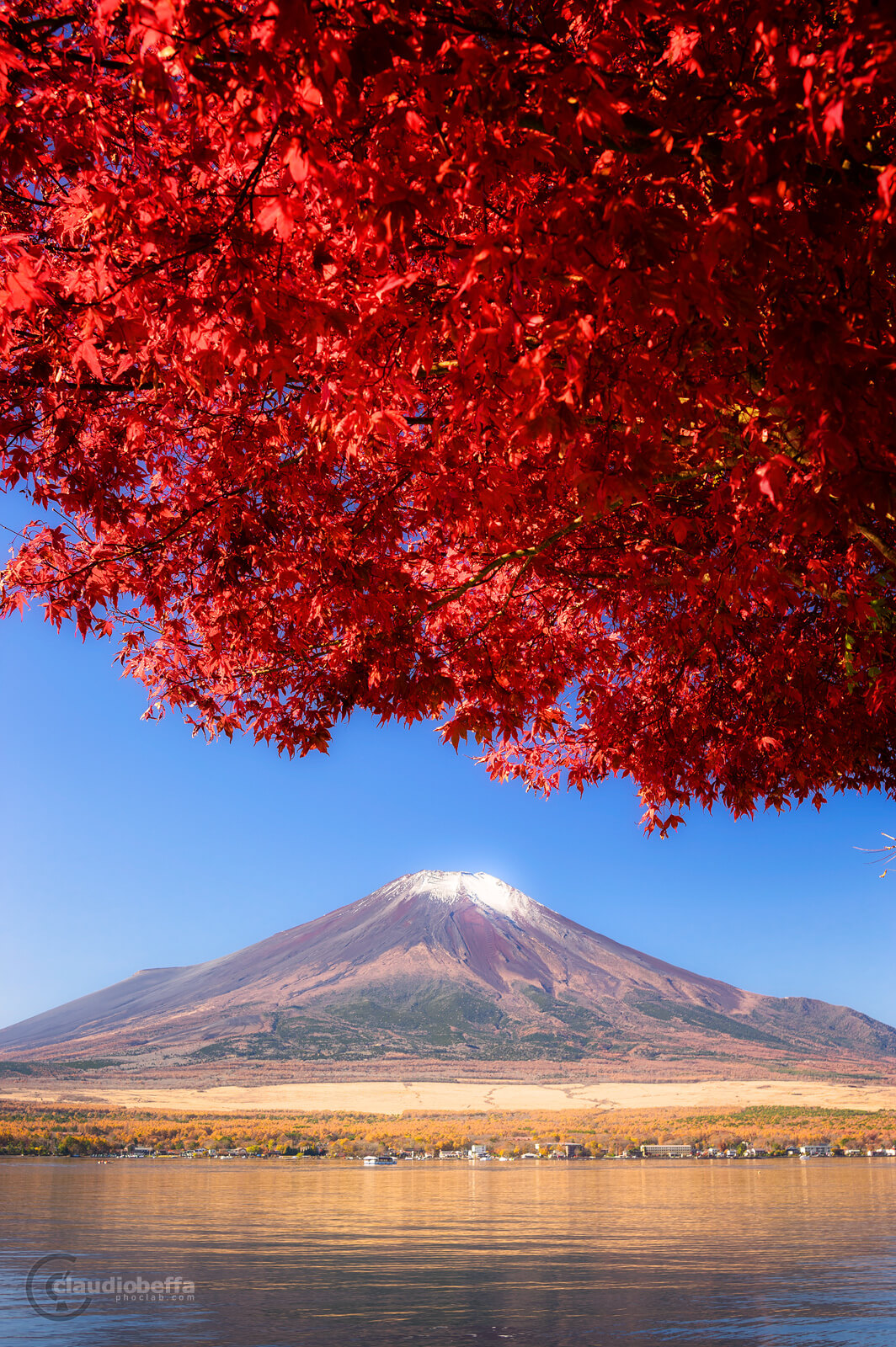 Mount Fuji, Fuji, Japan, Chubu, autumn, fall, momiji, lake, Yamanakako, red, red cloud, travel, phoclab