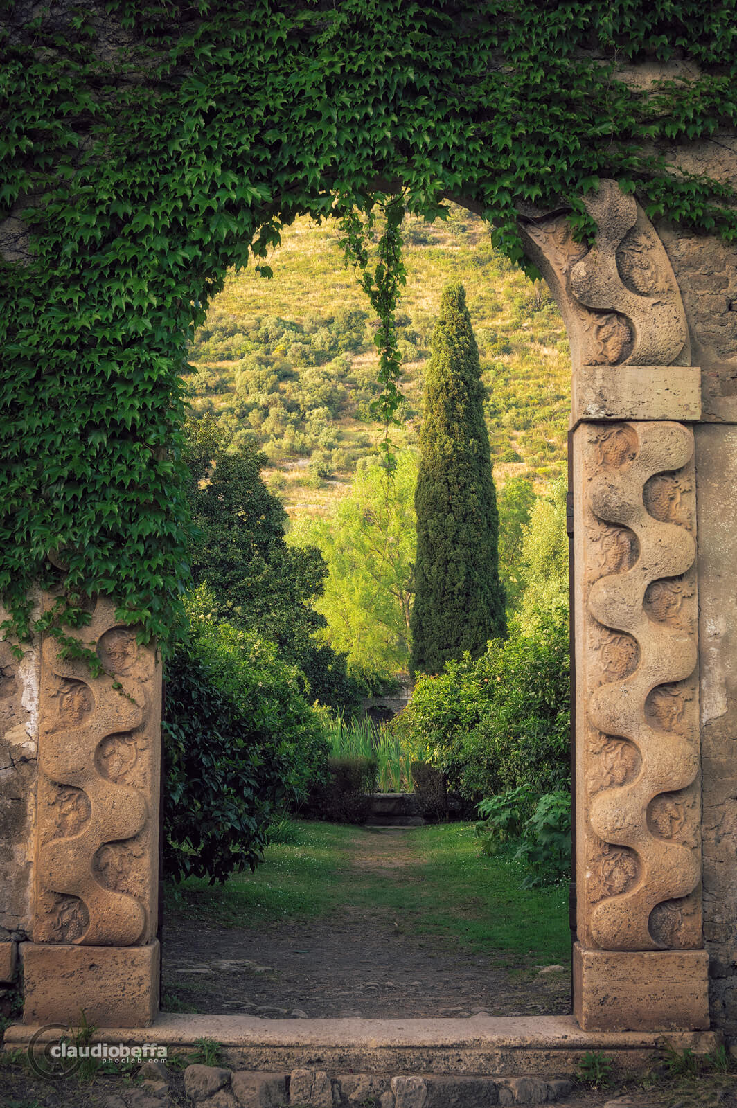 Garden of Ninfa, Garden, Ninfa, Italy, Gate, Horti Nympharum, Hortus Conclusus, Caetani, Nature, Spring, Travel, Travel Photography, Ancient, Romantic