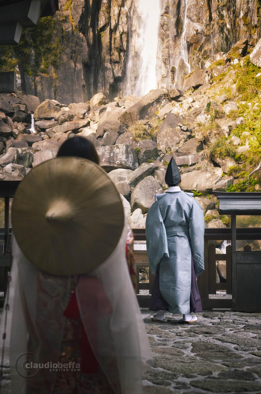 Tourists, Pilgrims, Kimono, Heian, Nachi no Taki, Waterfall, Hirou Shrine, Hiryu Gongen, Nature, Culture, Kii peninsula, Kumano, Japan