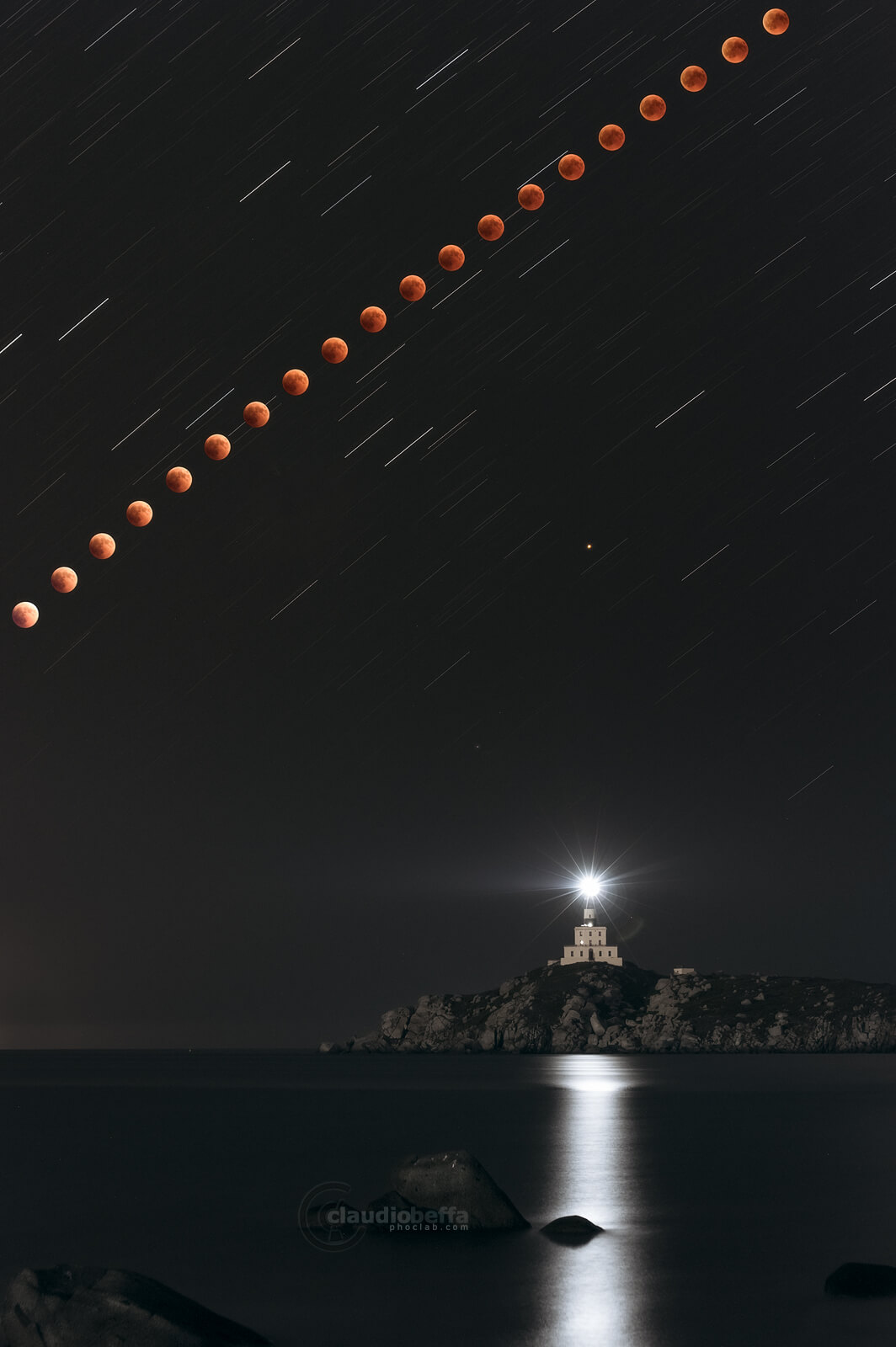 Toward the totality, eclipse, totality, moon, mars, night, lighthouse, astrophotography, composite