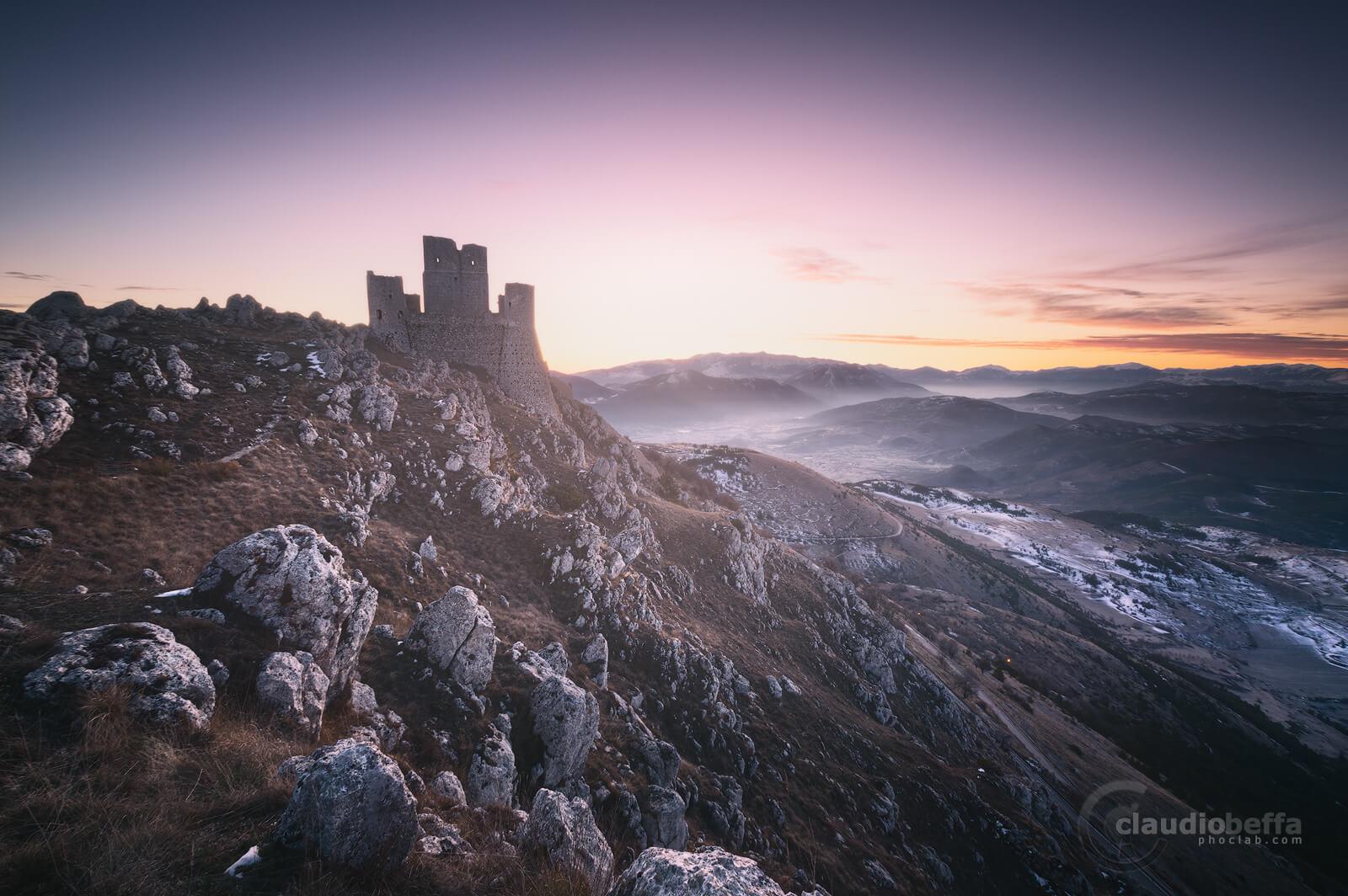 Kings fortress, Rocca Calascio, Calascio, Abruzzo, italy, landscape, mountains, apennines, winter, snow, sunrise