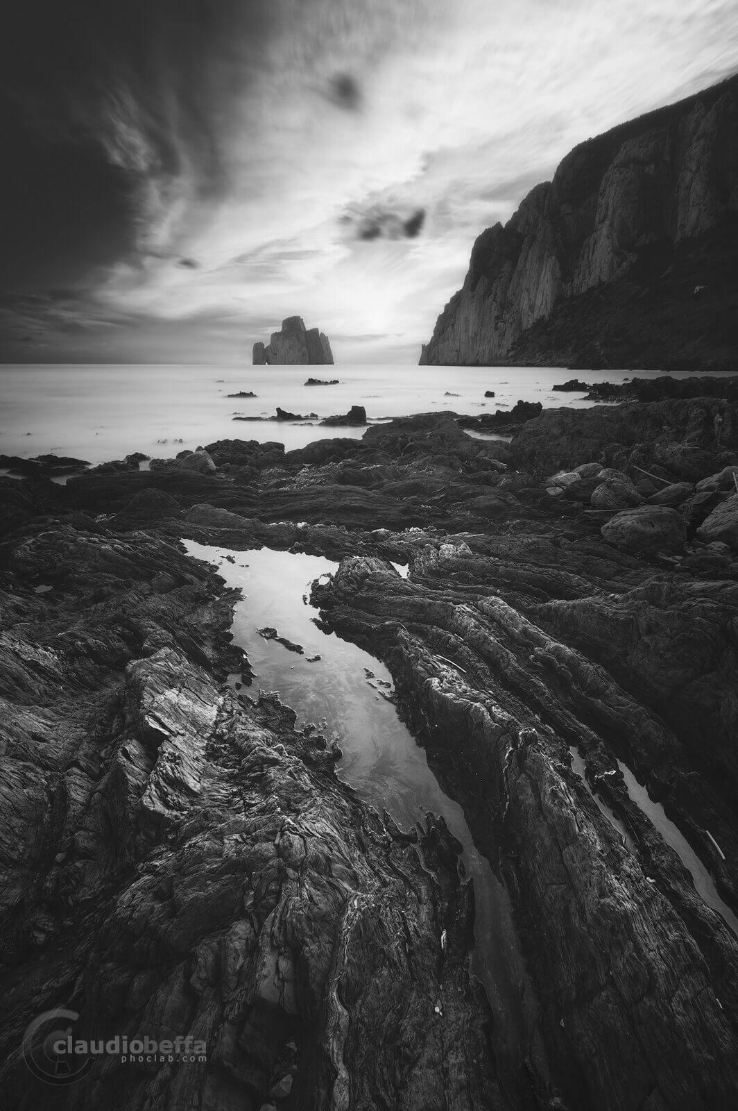 Slits, landscape ,seascape, rocks, stones, island, sea, sardinia, italy, long exposure, black and white